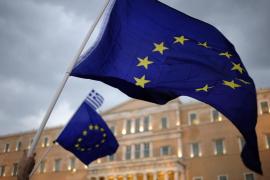 Tsipras cede ante las condiciones de los acreedores, aunque «con cambios»