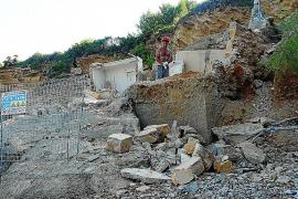La playa de Ca los Camps cierra por obras