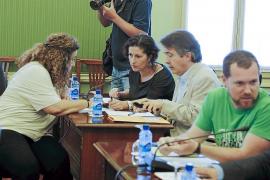 El Parlament podrá ahorrar al año hasta 250.000 euros con el recorte de sueldos