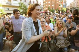 Barcelona suspende la concesión de licencias turísticas