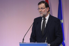 Rajoy adelanta 6 meses la rebaja del IRPF