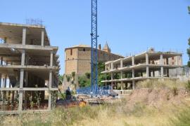 Críticas por el impacto y el abandono de los alrededores de la iglesia de Andratx