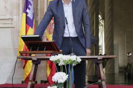 Barceló trabajará «desde el principio» para implantar la ecotasa