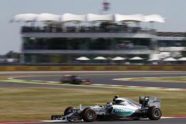 Rosberg domina los libres por delante de los Ferrari en Silverstone