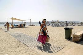 La playa de Ciutat Jardí seguirá cerrada, por lo menos, hasta el lunes