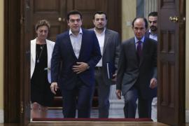 Tsipras comunica a Merkel que presentará su propuesta este martes