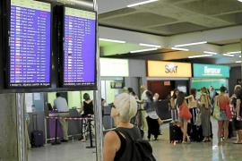 Nueva huelga de controladores con 300.000 pasajeros en Son Sant Joan