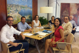 La FEHM pide a Hila nuevas iniciativas para mejorar la competitividad turística