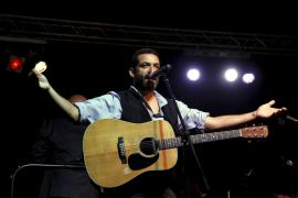 Jaime Anglada le pone música a un cupón de la ONCE
