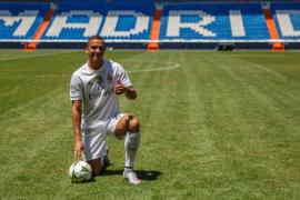 Danilo, el nuevo fichaje del Madrid se presenta: «Trabajo para ser único»