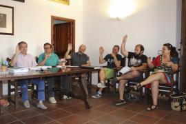 El alcalde de Selva consigue la dedicación exclusiva gracias a Arrelam en un tenso pleno