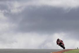 Márquez domina los entrenamientos libres en Sachenring