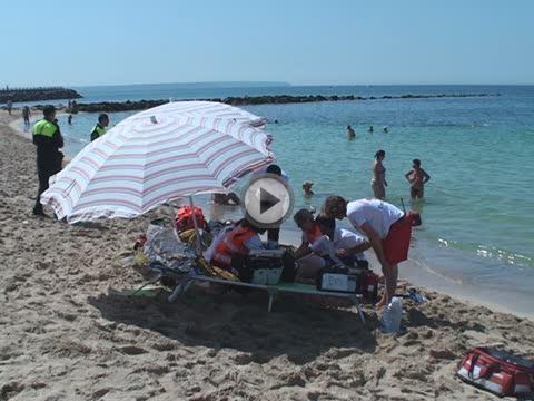 Un hombre de 78 años de edad muere ahogado en la playa de Can Pere Antoni