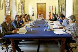 El Govern dice que los Presupuestos de 2016  incluirán ya la renta mínima