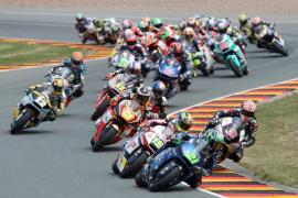 Simeón logra su primera victoria, Zarco es más líder y a Rabat lo tiran en Moto2