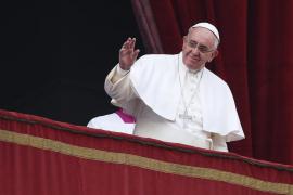 Piden al Papa Francisco la salida de los cuerpos de  Franco y Primo de Rivera del Valle de los Caídos