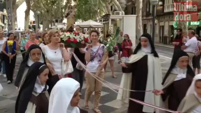 La virgen de los pescadores sale en procesión