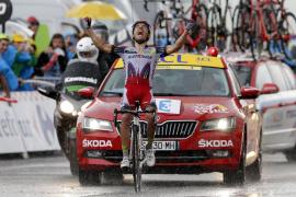 'Purito' logra su doblete en el Tour bajo la tormenta de Plateau de Beille