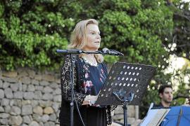 Carme Riera evoca al Arxiduc Lluís Salvador en un homenaje en Deià