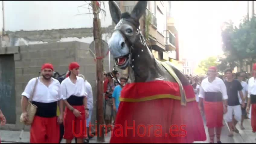 Manacor vibra con el primer baile de 'La Mulassa'