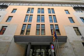 Los bancos morosos no pagan sus deudas hasta que intervienen los jueces