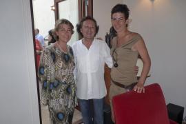 Inaugurada la exposición de esculturas de Paula Téllez en  Missió 21