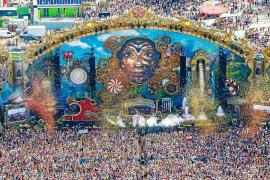 Dos ibicencos en el mundo de Tomorrowland