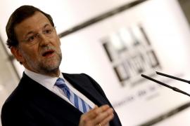 """Rajoy calienta el debate de mañana diciendo que será """"tajante"""" con Zapatero"""