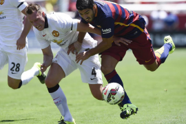 Un superior Manchester United golea al Barcelona