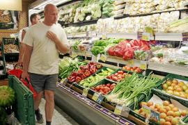 Turistas en los supermercados
