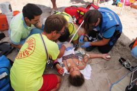 Simulacro de salvamento para poner a prueba los servicios de emergencias en Playas de Muro