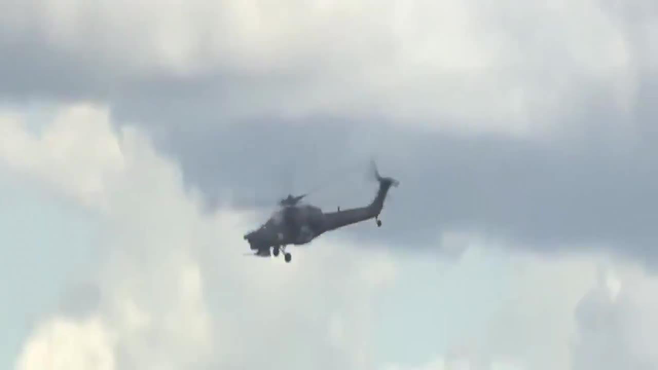 Muere el piloto de un helicóptero de combate ruso al estrellarse durante una exhibición