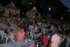 Porto Cristo se vuelca en la celebración de las fiestas del Carme