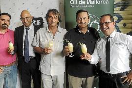 Presentación del cóctel 'Or de Mallorca' en el Brassclub de Palma