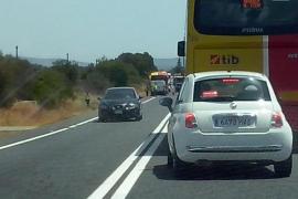 Colas kilométricas entre Campos y Llucmajor por la avería de un autobús
