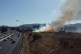 Sofocan un incendio en el polígono de Can Valero