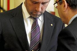 El Ejecutivo balear exige por carta la devolución de 25 teléfonos de lujo a exaltos cargos