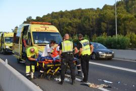 Una mujer herida grave en un accidente de moto en la autovía de Andratx