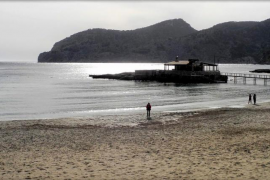 Andratx, calas de aguas cristalinas y arena fina en la Serra de Tramuntana