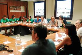 Educació contratará a 300 docentes más en Primaria y Secundaria
