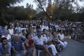 Jaume Anglada reúne a más de mil personas en favor de Projecte Home