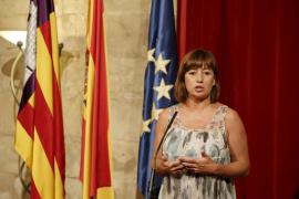 Armengol: «Los anuncios de Rajoy llegan tarde para Balears»
