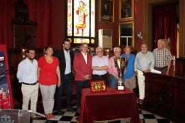 El 'Chapi' Ferrer y doce fichajes se presentan ante el Levante