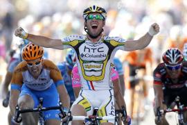 Cavendish suma su tercera victoria y Andy Schleck se mantiene líder