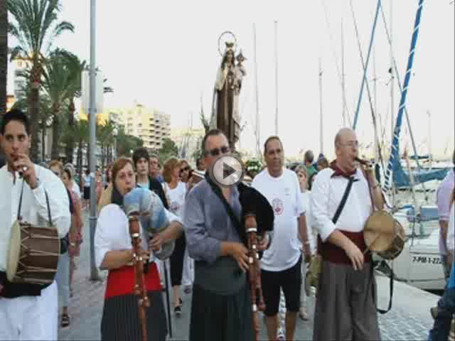 Procesión marinera en honor a la Verge del Carme