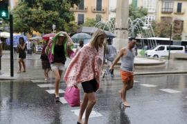 Baleares empieza la semana con chubascos y tormentas