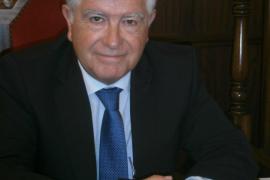 Piden que dimita el alcalde de Alcúdia tras acudir menores a una novillada