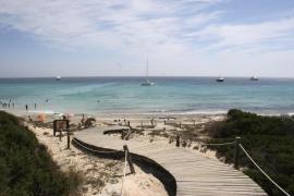Muy grave un hombre de 32 años al ser golpeado por la hélice de barco en Formentera