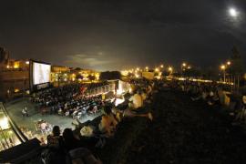 Las proyecciones del Cinema a la fresca promedian más de 1.500 espectadores