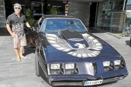 Pontiac Trans Am de 1979 lleno de modificaciones